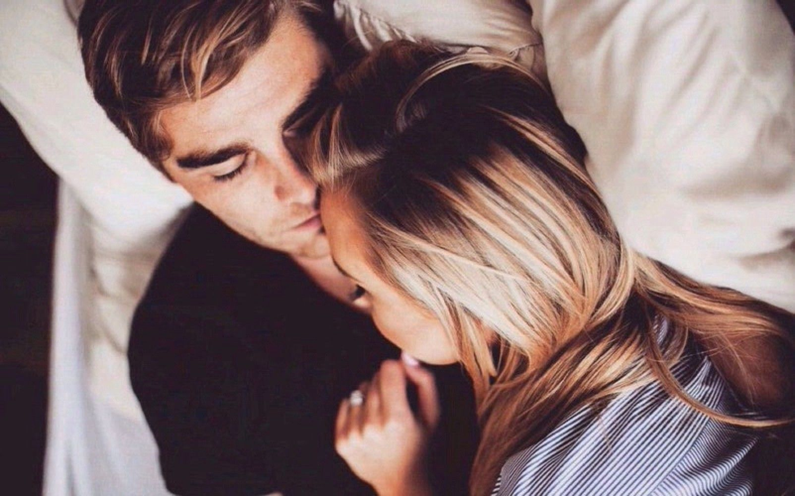 15 Brutally Honest Phases Of A Man Falling In Love