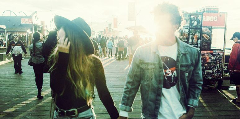 15 Ways To Know He's Clingy AF Before The First Date | TheTalko