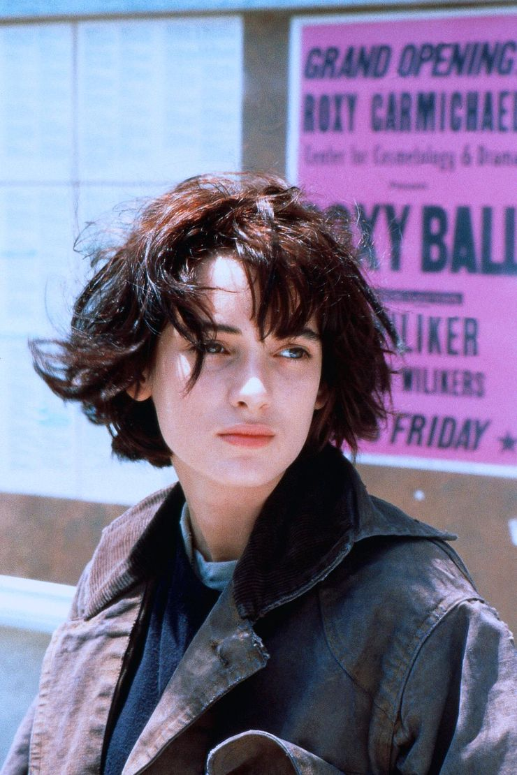 20 Pictures Of Young Winona Ryder She Wishes We D Forget